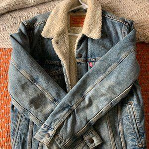 Levis Sherpa Denim Jacket